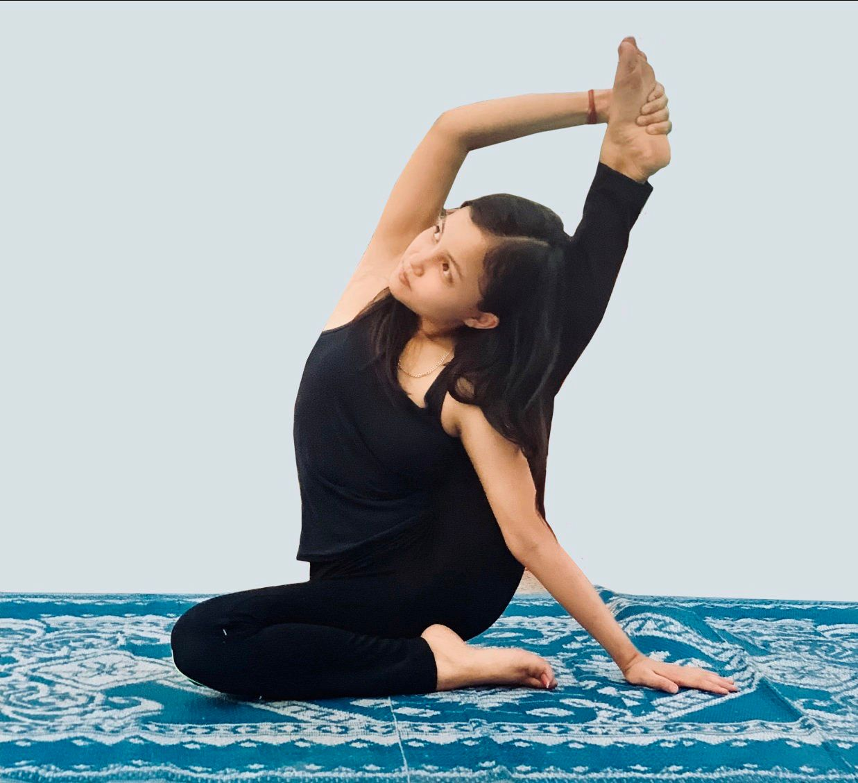 Health Diary: How to do compass pose  goGlides