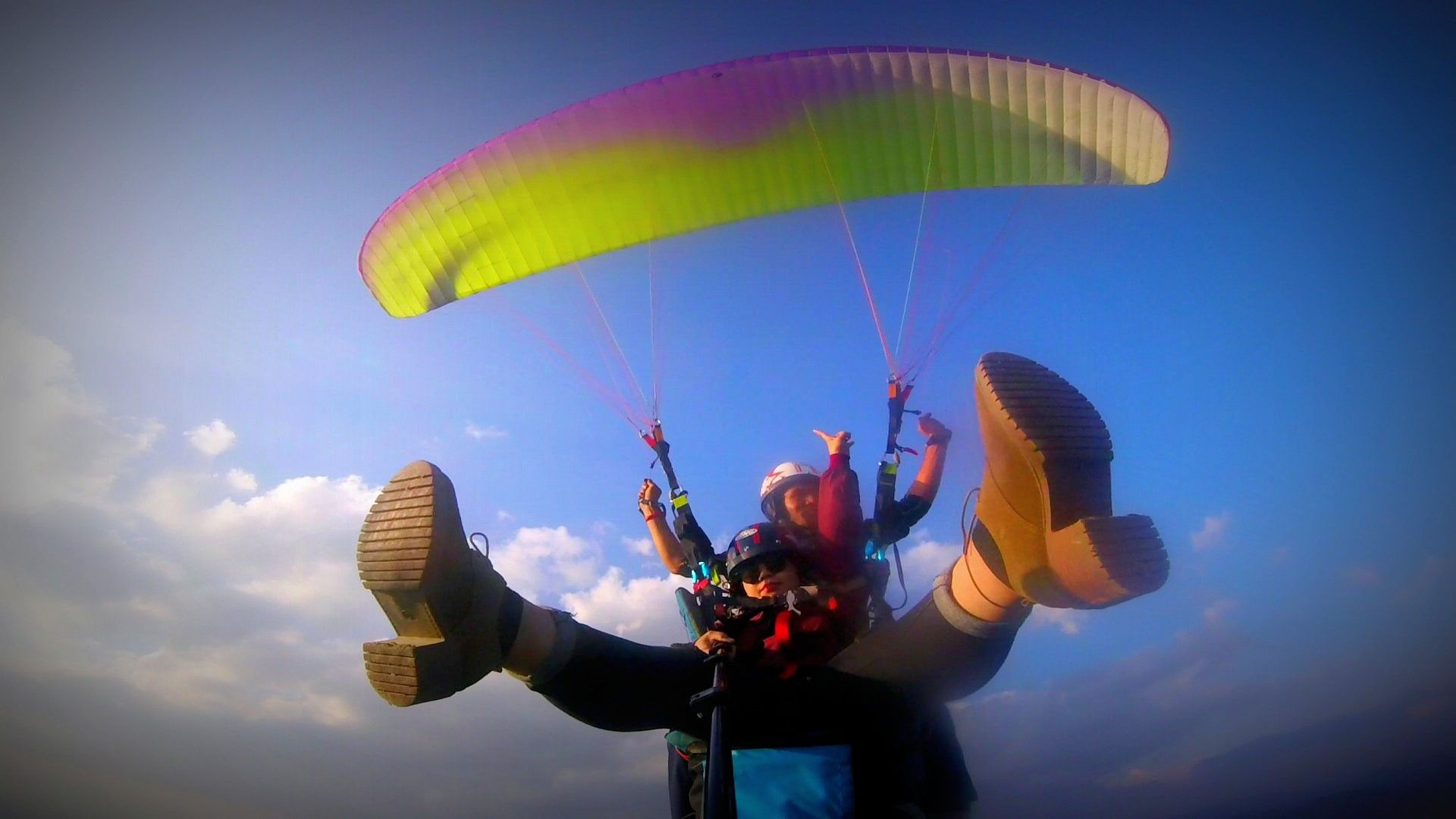MY FIRST PARAGLIDING EXPERIENCE: KATHMANDU PARAGLIDING